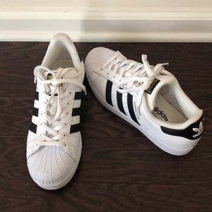 Superstar ADIDAS sneakers!
